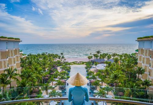 InterContinental Phu Quoc Long Beach Resort đi vào hoạt động