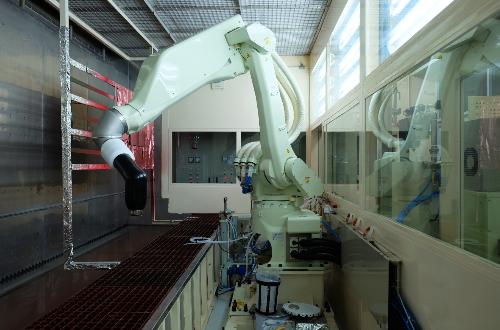Công nghệ phun sơn bằng Robot.