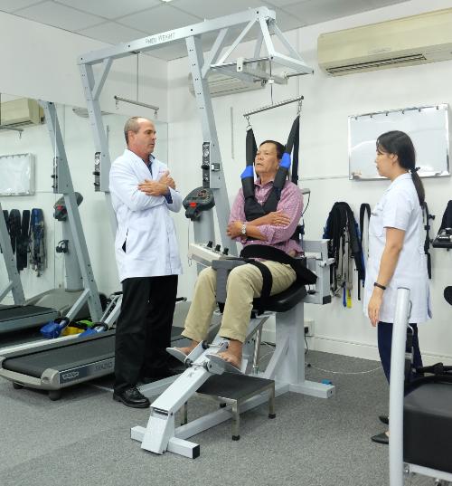 Tham gia chương trình hồi phục tính năng sau đột quỵ (tai biến mạch máu não) càng sớm càng có lợi cho bệnh nhân.