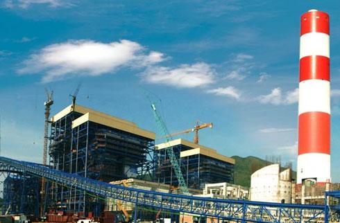 Hiện chủ đầu tư dự án Nhiệt điện Vũng Áng 2 (Hà Tĩnh) là công ty đến từ Hong Kong (Trung Quốc). Ảnh ghép cảnh dự án.