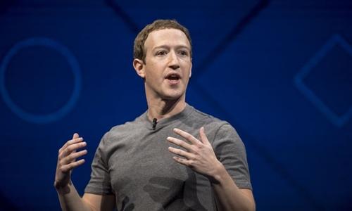 Ông chủ Facebook - Mark Zuckerberg trong 1 sự kiện công nghệ. Ảnh: Bloomberg