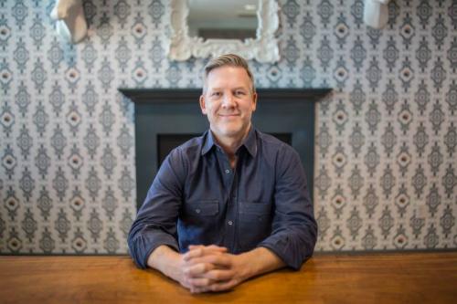 Chris Terrill - CEO mảng thị trường thương mại điện tửcủa ANGI Homeservices