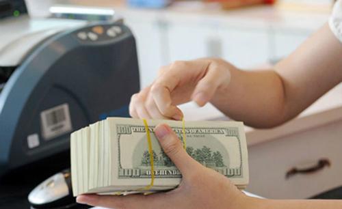 Tỷ giá USD tự do đã lên 23.200 đồng vào sáng nay (12/7).