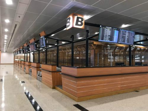 Quầy checkin mới của Vietjet ở nhà ga T1, sân bay quốc tế Yangon, Malaysia.
