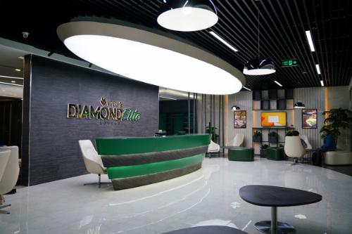Phòng chờ VPBank Diamond Elite Lounge cho khách thương gia của ga đi quốc nội sân bay Nội Bài.