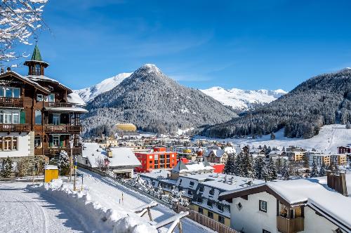 Những khu biệt thự núi nổi tiếng trên thế giới