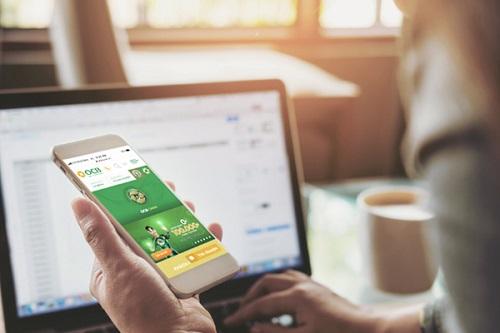 Ứng dụng OCB Omni Ngoài ra, mô hình này còn có thể mở rộng sang nhiều giao thức kết nối khác mà không chỉ bó buộc trong phạm vi ngân hàng như các nền móng mạng xã hội, đối tác liên kết& Người dùng có thể nhận mã giảm giá đến 50% ở các nhà hàng hay đặt vé xem phim, mua sắm trực tuyến... ngay trên ứng dụng ngân hàng.