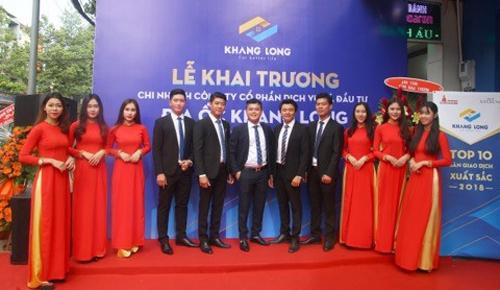 Đội ngũ lãnh đạo trẻ và tâm huyết thi công nên Địa ốc Khang Long.