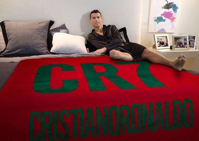 Cristiano Ronaldo dự định phân phối villa hơn 6 triệu USD ở Madrid