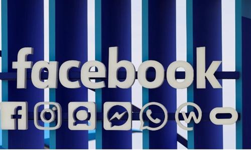 Logo Facebook ở 1 triển lãm sáng tạo ở Pháp hồi tháng 6. Ảnh: Reuters