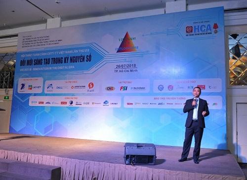 Ông Nguyễn Việt Thắng Phó TGĐ Kinh doanh Công ty CPCN Sao Bắc Đẩu trình bày ở Hội thảo VIO 2018.