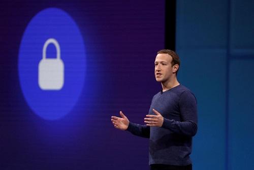 CEO Facebook Mark Zuckerberg phát biểu ở hội nghị F8 dành cho các nhà phát triển đầu năm nay. Ảnh: Reuters