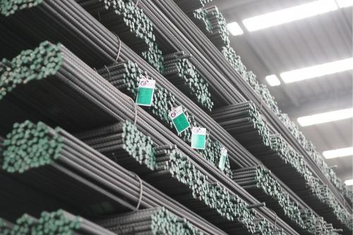 Chi phí sản xuất càng ngày càng giảm giúp lợi nhuận của Thép Pomina tăng đột biến.
