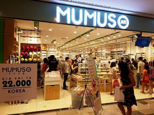 Một cửa hàng thuộc chuỗi Mumuso ở TP HCM.
