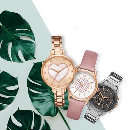 Nhiều thương hiệu đồng hồ nam nữ thời trang giảm đến 50%. Tham gia đợt khuyến mãi đầu tháng tám có nhiều hãng nổi tiếng như Julius (Hàn Quốc), Valence Hàn Quốc, Henry London, Skone, Kronen & Sohne (Đức), Unisex Adidas hay TayLor Code... Khi nhập mã giảm giá, KH được ưu đãi thêm 10%.