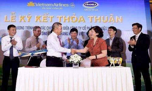Vinamilk sẽ sản xuất sản phẩm phục vụ riêng cho Vietnam Airlines