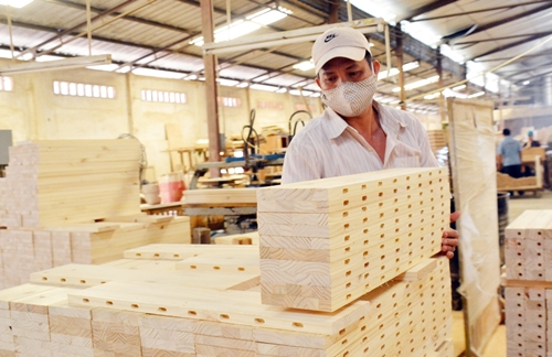 Ngành gỗ đã đã đi vào hoạt động gần 46% mục tiêu xuất khẩu cả năm.