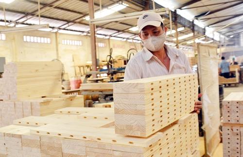 Ngành gỗ Việt Nam đặt mục tiêu kim ngạch xuất khẩu 2018 đạt 9 tỷ USD.