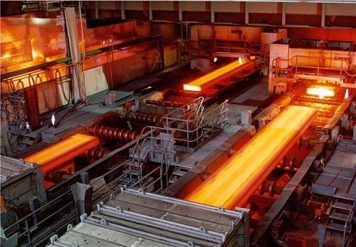 Dây chuyền sản xuất thép ở 1 nhà máy ở TP HCM.