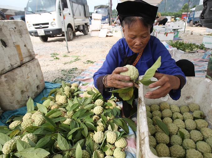 Chợ na vùng biên ải vào vụ