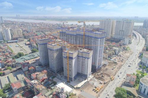 Dự án cao cấp Nam Hà Nội cất nóc tòa đầu tiên