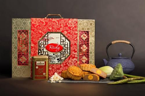 Mỗi hộp bánh Trung thu Richy có chất lượng nội khu và sang trọng, tinh tế từ kiến trúc ngoại khu.