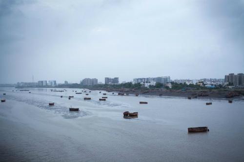 Thành phố Surat, bangGujarat là thành phố cảng biển, trung tâm kim cương và tâm chấn vụ lừa đảo tiền ảo và bắt cóc chấn động của Ấn Độ. Ảnh: Bloomberg