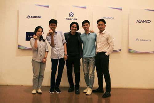 5 thí sinh hoàn hảo tham dự chung kết Thiết kế logo Asanzo. Thông tin về cuộc thi ở đó.