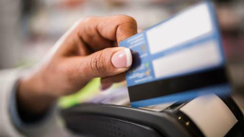 3 không giúp tránh đổ nợ vì cà thẻ tín dụng