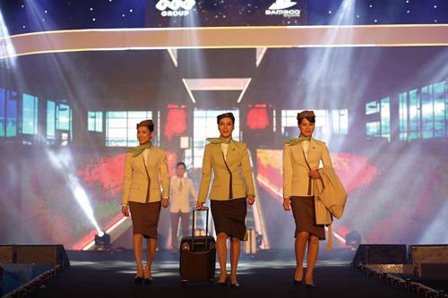 Đồng phục tiếp viên Bamboo Airways được thiết kế bởi NTK Công Trí.