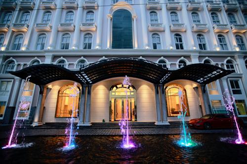 Hyundai Sonata Residence có 200 căn hộ chung cư dịch vụ và 50 phòng khách sạn.