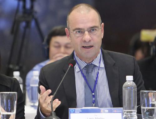 Ông Larry Madge, Tổng giám đốc Công ty bảo hiểm nhân thọ Sun Life Việt Nam