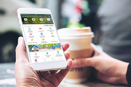 Với khoản vay Home Credit nhận được trên Ví MoMo, khách hàng có thể sử dụng ngay để mua sắm online, offline, du lịch tại hơn 10.000 đối tác dịch vụ của ứng dụng này.
