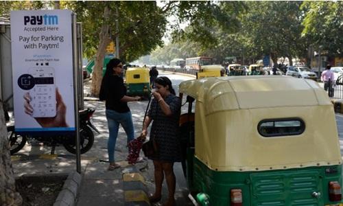 Một biển quảng cáo của Paytm trên đường phố Ấn Độ