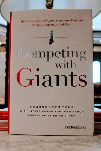 Sách hiện đã có thể được đặt trước trên trang thương mại điện tử Amazon.com, chính thức lên kệ trong tháng 9.