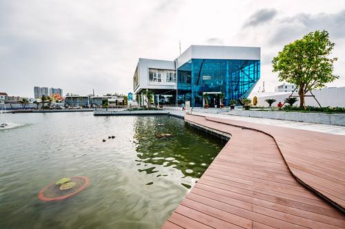 Khuôn viên Hồ Thiên Đường - hồ nước nhân tạo nằm trong dự án The Green Star.