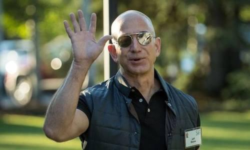 Giá trị Amazon vượt 1.000 tỷ USD