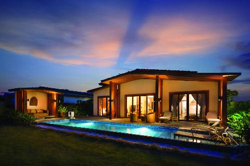 Mövenpick Resort Cam Ranh - Một trong các dự án nghỉ dưỡng quần tụ sự quan tâm của giới thượng lưu
