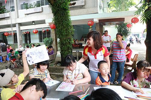 HDBank tổ chức chương trình Trung thu cho trẻ khuyết tật