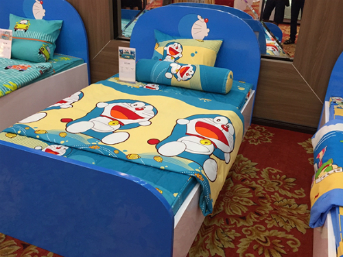 Bộ chăn ga gối mã D17-018 in hình Doraemon đáng yêu