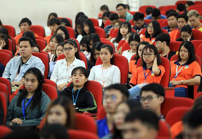 Chương trình University Tour do Báo VnEpress tổ chức vừa diễn ra tại Đại học Công nghệ TP HCM