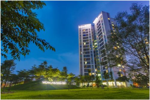 Hồng Hà Eco City cất nóc tòa căn hộ phong cách Hàn Quốc