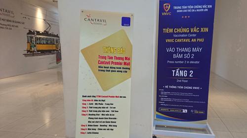 Bảng thông báo tại trung tâm thương mại tại Cantavil không còn đề cập tới Parkson. Ảnh: Vũ Lê.