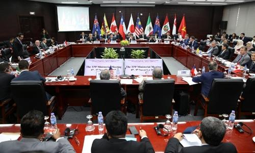 Bộ trưởng một số nước CPTPP trong phiên họp cuối năm ngoái ở Việt Nam. Ảnh: Reuters