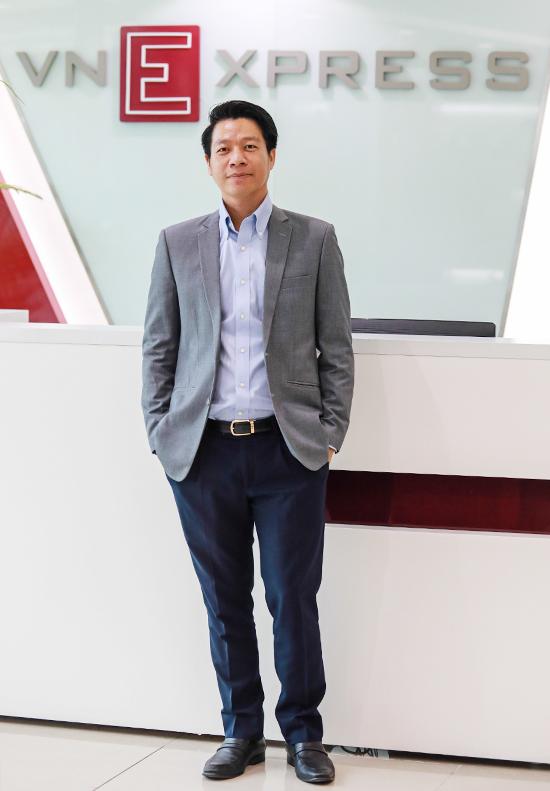 Ông Ngô Quang Phúc - Tổng giám đốc Phú Đông Group tham gia tọa đàm trực tuyếnCơ hội nào cho startup trong ngành bất động sản tại tòa soạn VnExpress. Ảnh: Thành Nguyễn.