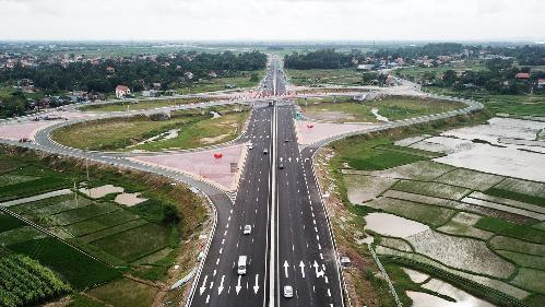 Bất động sản Hạ Long tăng trưởng nhờ cú hích hạ tầng
