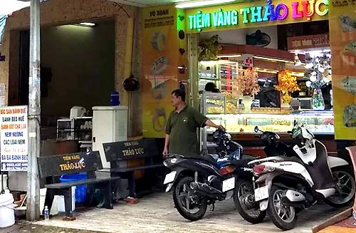 Tiệm vàng Thảo Lực- nơi người dân đổi 100 USD bị phạt 90 triệu đồng. Ảnh: Cửu Long
