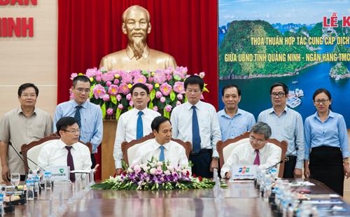 Quảng Ninh đưa thanh toán không tiền mặt vào chính quyền điện tử