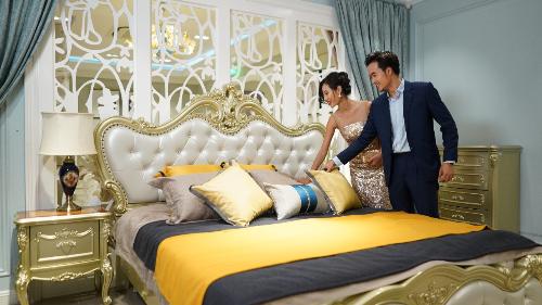 Ông Bùi Gia Khánh - Giám đốc công ty TNHH Thương mại dịch vụ Gia Khánh Việt Nam cho biết: Tại nội thất Gia khánh, chúng tôi không đơn thuần chỉ bán nội thất mà mang đến giải pháp không gian sống lý tưởng, bán phong cách sống thượng lưu và kiến tạo nên những giá trị cuộc sống đích thực.