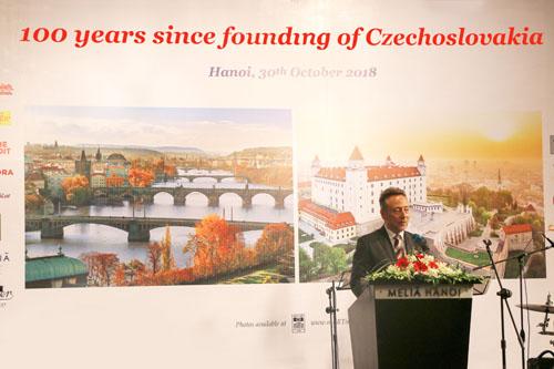 Đại sứ Cộng hòa Czech phát biểu trong sự kiện.